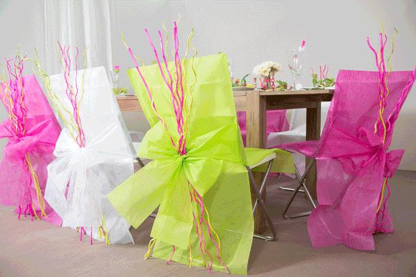10 housses de chaise fuchsia achat de decoration for Housses de chaises en tissu