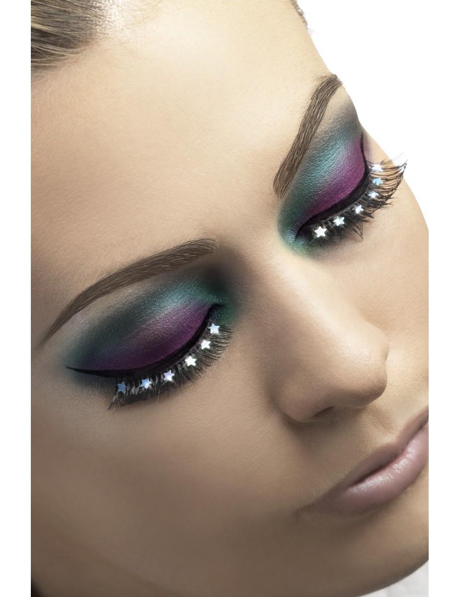 maquillage yeux avec faux cils