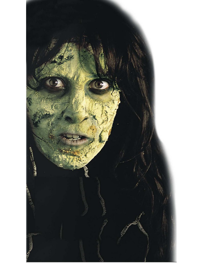 Maquillage halloween avec du vert - Maquillage halloween araignee ...
