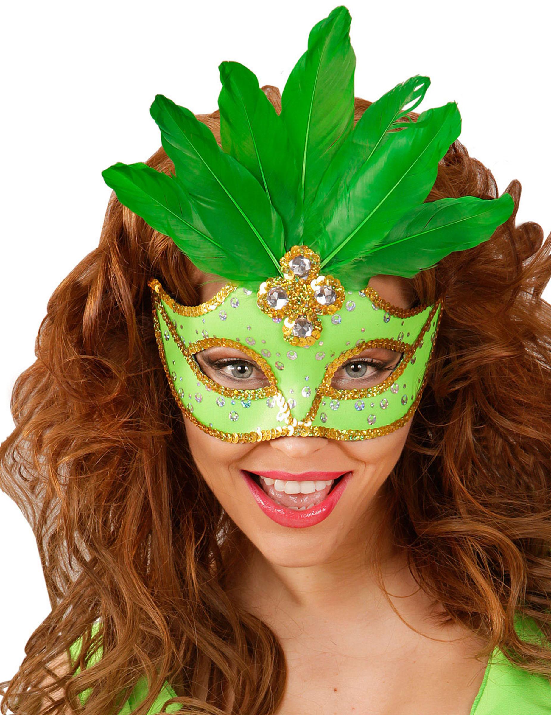 <b>Loup vert</b> avec plumes femme - loup-vert-avec-plumes-femme_231245