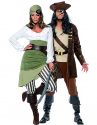 Déguisements couple pirates buccaniers