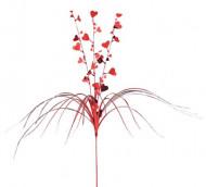 Décoration cascade rouge avec coeurs