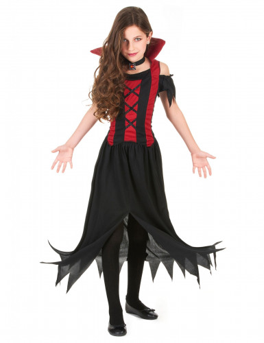 How to dress up as a vampire girl for halloween
