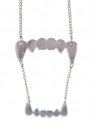 Collier dents de vampire