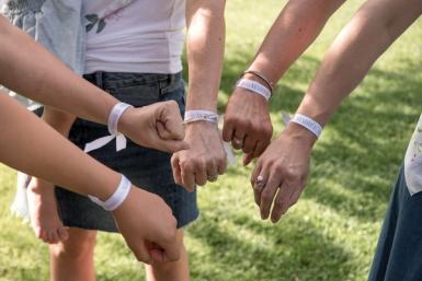 6 Bracelets en tissu team de la mariée-2