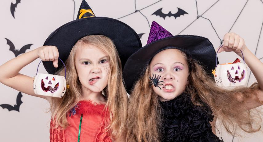 Comment réaliser un déguisement de sorcière fait maison ?